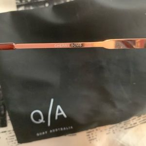 Quay Australia Accessories - Quay Australia Cherry Bomb Sunglasses in Rose/Pink